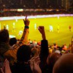 Tilskuere på fodboldstadion